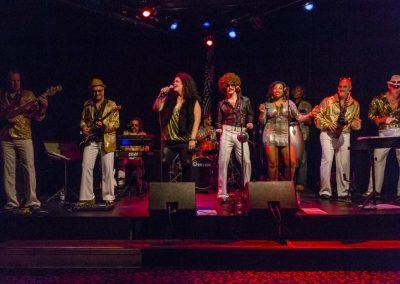 gruv-disco-band-montreal-metropolis-show